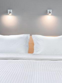 Μαξιλαροθήκη Ξενοδοχείου Oxford Silky 230tc Satin Stripe 100% Cotton Λευκό 52x72+5